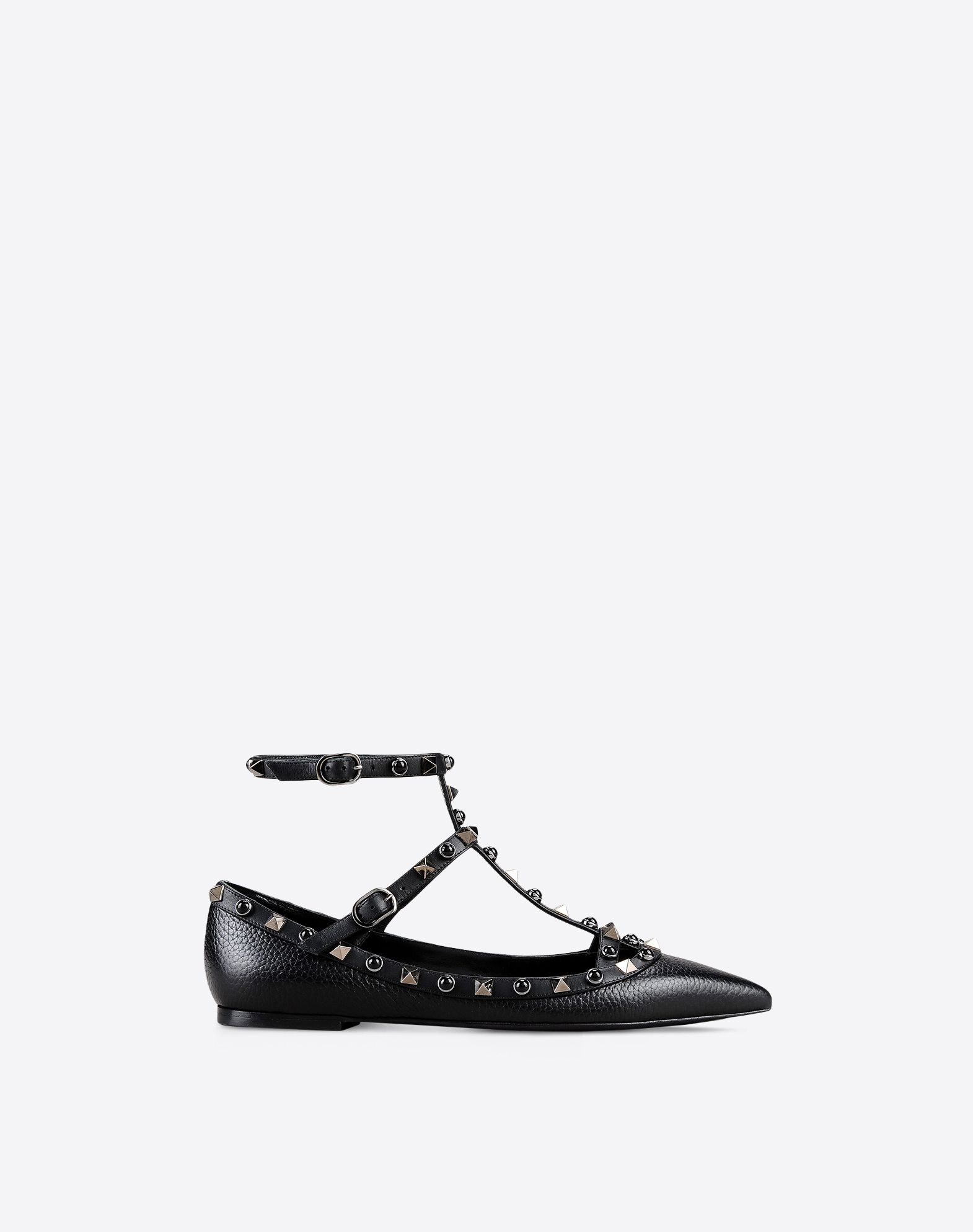 VALENTINO Contrasting applications Textured leather Solid colour Buckle Leather sole Narrow toeline  11017257na