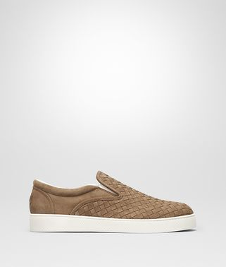 DODGER  SNEAKER AUS INTRECCIATO WILDLEDER IN NEW CAMEL