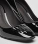 BOTTEGA VENETA CHERBOURG PUMPS IN NERO PATENT CALF, INTRECCIATO DETAILS Pump or Sandal D ap