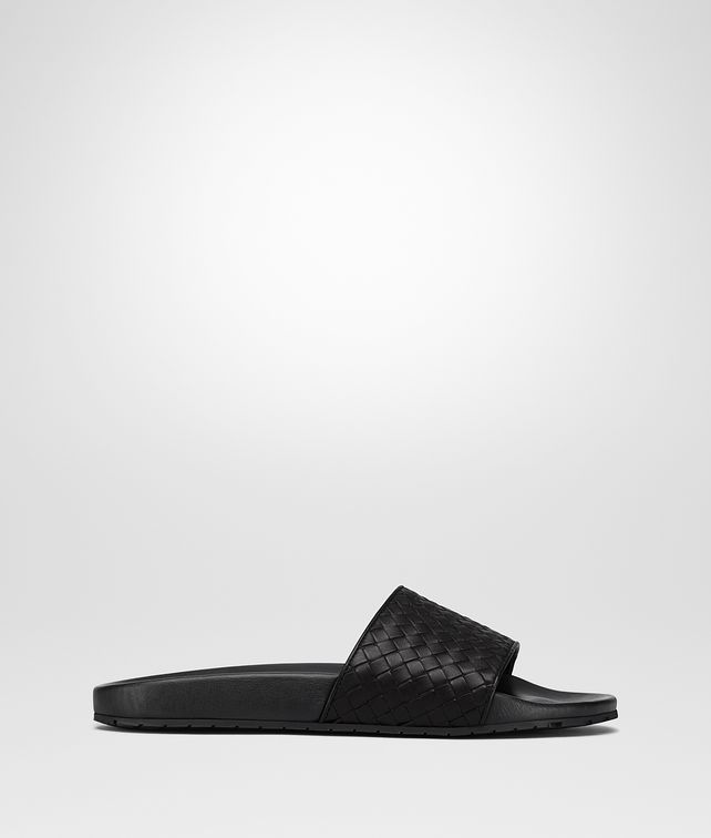 BOTTEGA VENETA LAKE SANDAL IN NERO INTRECCIATO CALF Sandals Man fp