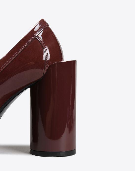 MAISON MARGIELA 22 Patent calfskin loafer pumps Closed-toe slip-ons D a