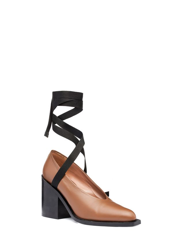 Marni Court shoe in lambskin with black laces Woman - 2