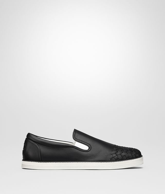 BOTTEGA VENETA SAIL SNEAKER IN NERO CALF, INTRECCIATO DETAILS Trainers [*** pickupInStoreShippingNotGuaranteed_info ***] fp