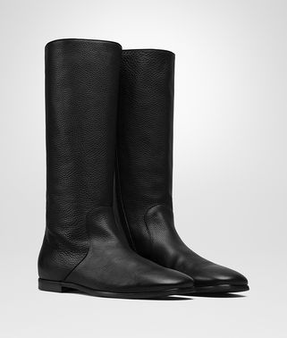 BOOT IN NERO CALF