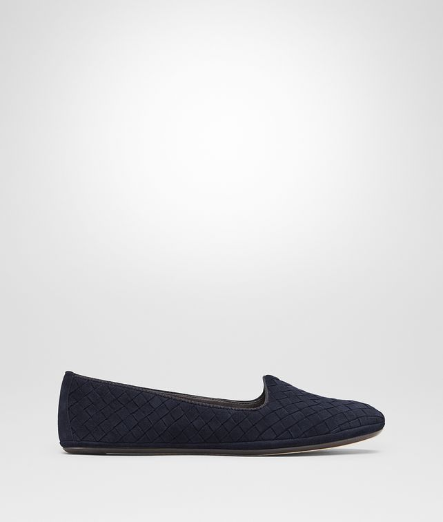 BOTTEGA VENETA GONDOLIERA SLIPPER IN DARK NAVY INTRECCIATO SUEDE Flat D fp