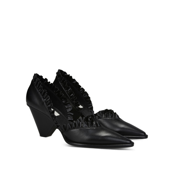 Black ruffle shoes