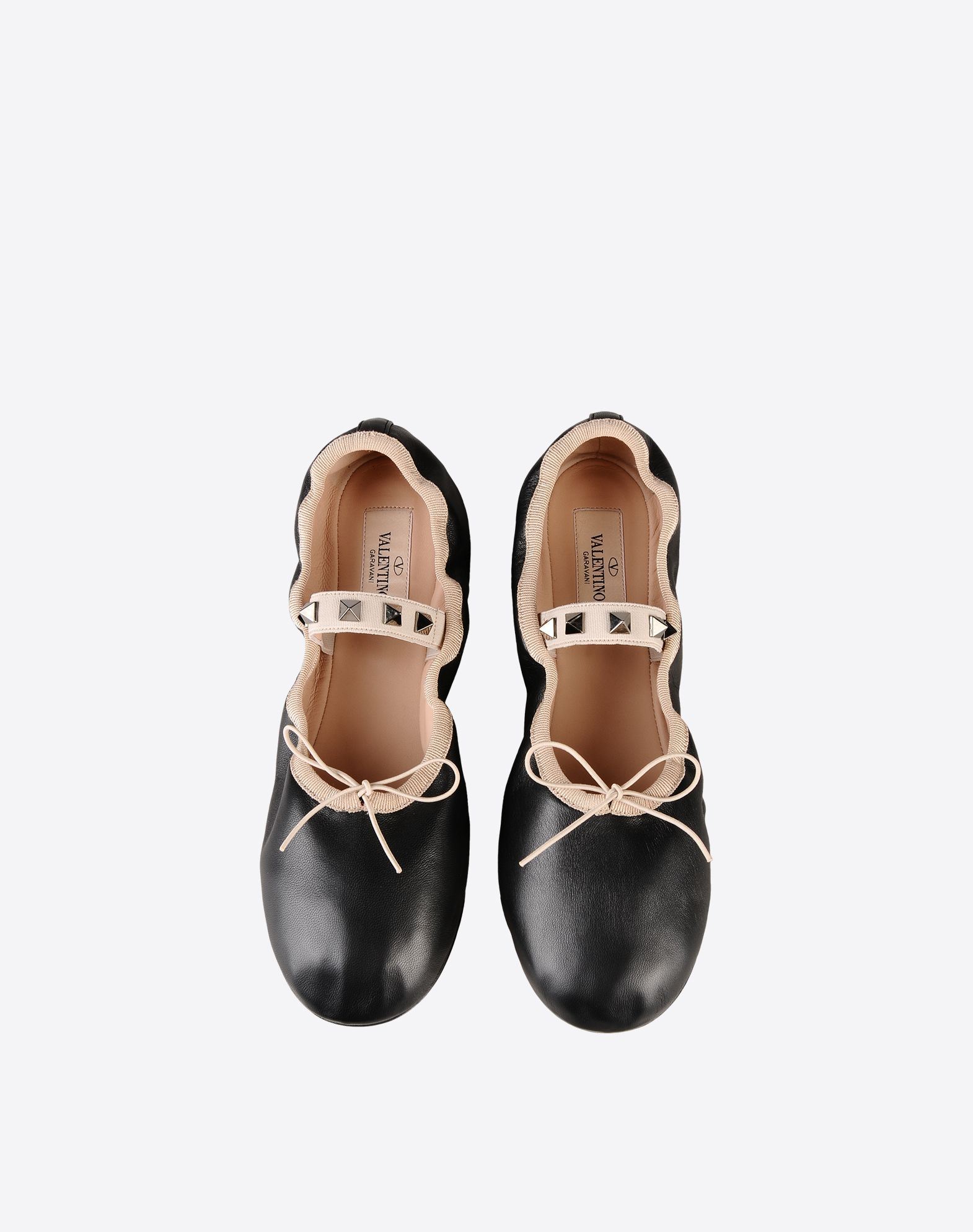VALENTINO Bow detailing Studs Solid color Elasticized gores Leather sole Round toeline  11094069uo