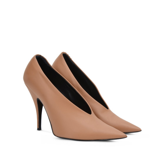 Beige Pointed Pumps