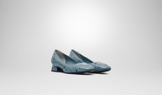 PUMPS IN AIR FORCE BLUE EMBROIDERED PATENT CALF
