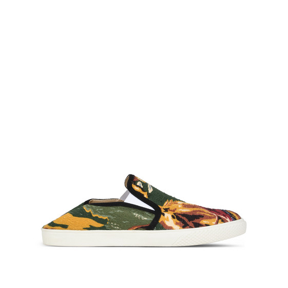 Country Canvas Slip-on Sneakers