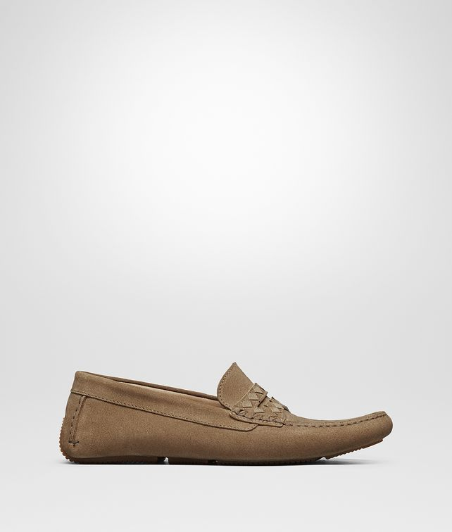 BOTTEGA VENETA WAVE DRIVER IN CAMEL SUEDE, INTRECCIATO DETAILS Mocassin or Slipper Man fp