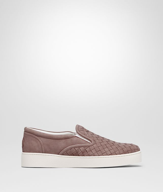 BOTTEGA VENETA DODGER SNEAKER IN DESERT ROSE INTRECCIATO SUEDE Trainers Woman fp