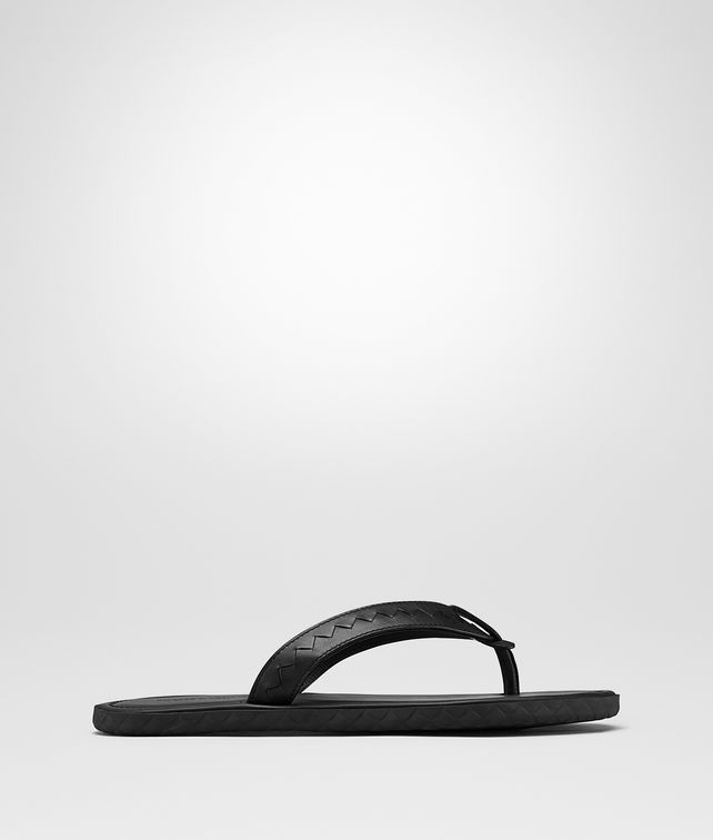 BOTTEGA VENETA PLAGE THONG IN NERO CALF Sandals Man fp