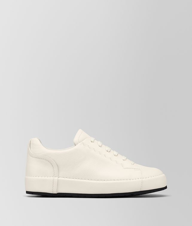 BOTTEGA VENETA THIBO' LACE UP SNEAKER IN MIST CALF, INTRECCIATO DETAILS Sneaker or Sandal Man fp
