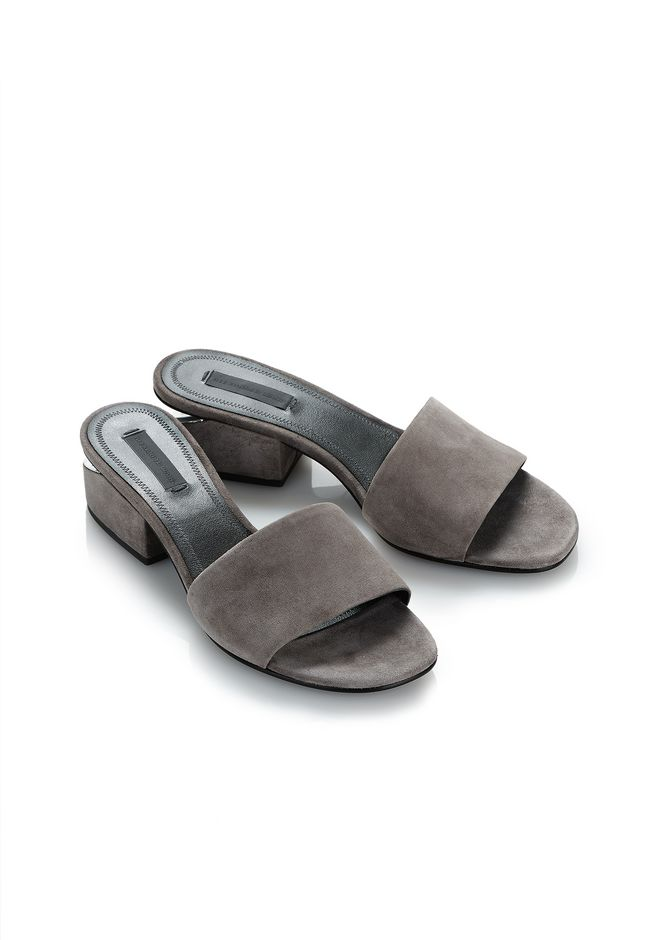 ALEXANDER WANG EXCLUSIVE LOU SUEDE SANDAL WITH RHODIUM 平底鞋 Adult 12_n_e