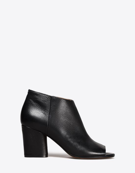 MAISON MARGIELA Calfskin open-toe ankle boots Sandals D f