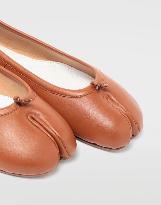 MAISON MARGIELA Ballet 'Tabi' shoes Tabi ballet flats [*** pickupInStoreShipping_info ***] e