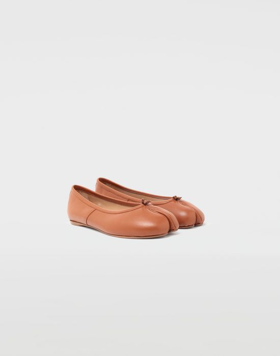 MAISON MARGIELA Ballet 'Tabi' shoes Tabi ballet flats [*** pickupInStoreShipping_info ***] r