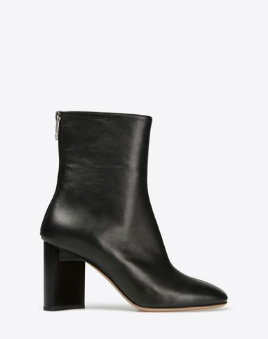 MAISON MARGIELA Ankle boots with asymmetric block heel Ankle boots D f