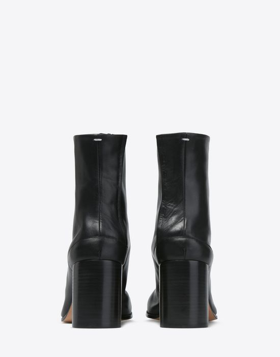 MAISON MARGIELA 22 Calfskin Tabi boots Ankle boots D d