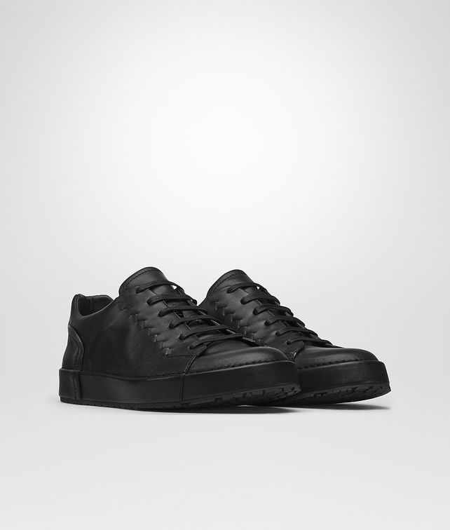 BOTTEGA VENETA THIBO' LACE UP SNEAKER IN NERO CALF, INTRECCIATO DETAILS Sneaker or Sandal U fp