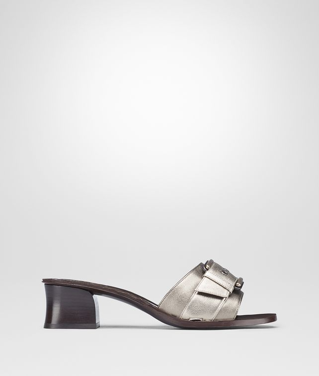BOTTEGA VENETA RAVELLO SANDAL IN LIGHT SILVER ARGENTO ANTIQUE NAPPA Pump or Sandal Woman fp