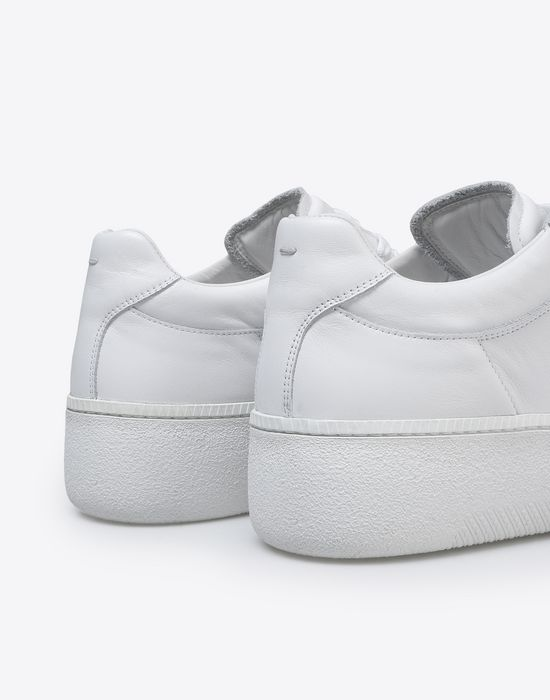 MAISON MARGIELA Calfskin low top sneakers Sneakers [*** pickupInStoreShippingNotGuaranteed_info ***] e