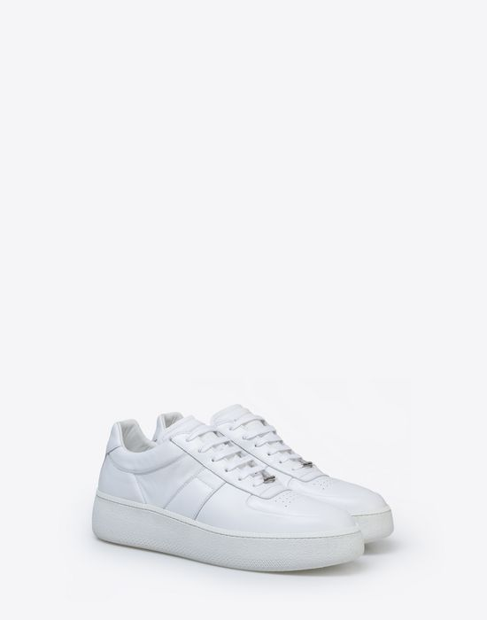 MAISON MARGIELA Calfskin low top sneakers Sneakers [*** pickupInStoreShippingNotGuaranteed_info ***] r