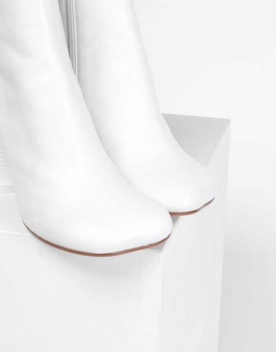 MM6 MAISON MARGIELA Ankle boots with cup heel Ankle boots [*** pickupInStoreShipping_info ***] e