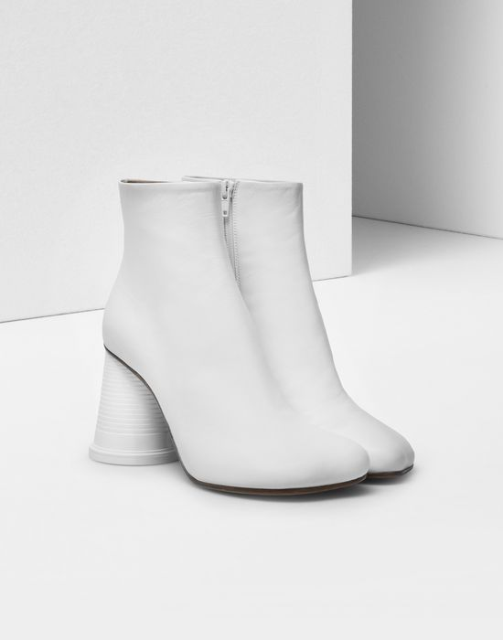 MM6 MAISON MARGIELA Ankle boots with cup heel Ankle boots [*** pickupInStoreShipping_info ***] r