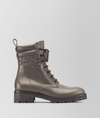 COMBAT BOOT IN STEEL CALF, INTRECCIATO DETAILS