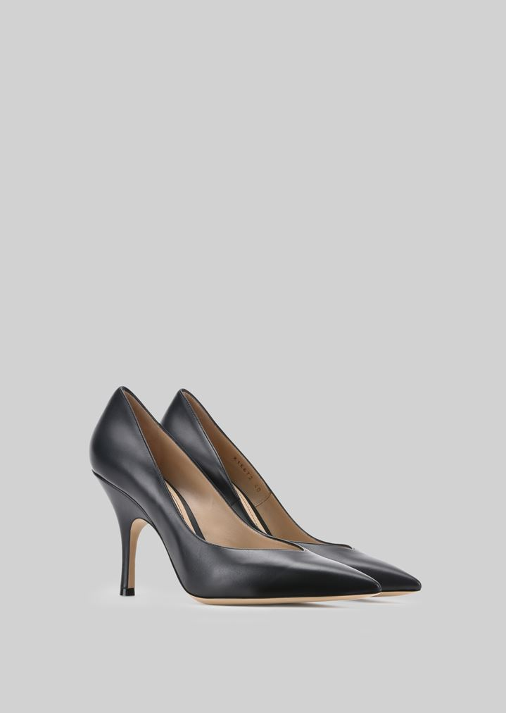 GIORGIO ARMANI LEATHER PUMPS Pumps Woman r