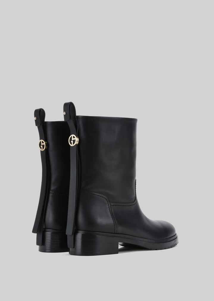 ... GIORGIO ARMANI LEATHER BEATLE BOOTS Ankle Boots Woman d ...