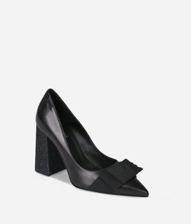 KARL LAGERFELD STACKED HEEL BOW FRONT COURT