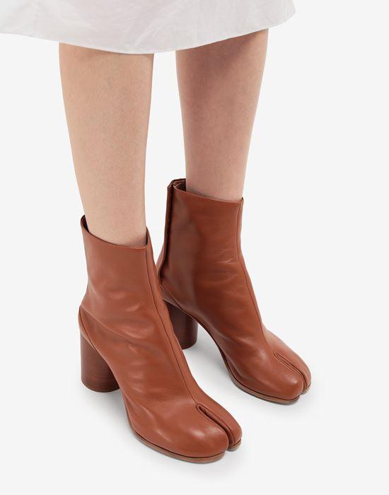 MAISON MARGIELA Tabi calfskin boots Tabi boots [*** pickupInStoreShipping_info ***] b