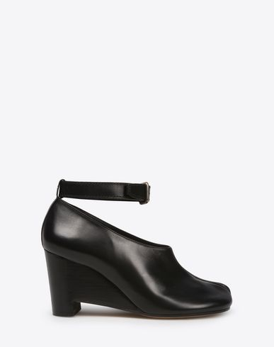 MAISON MARGIELA Closed-toe slip-ons Woman Calfskin Tabi wedge pumps f