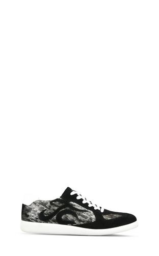 Lace-up low-top snakeskin sneakers