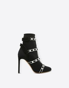 VALENTINO GARAVANI Bootie D Rockstud Ankle Boot f