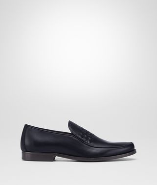 CHET SLIPPER AUS KALBSLEDER IN DARK NAVY