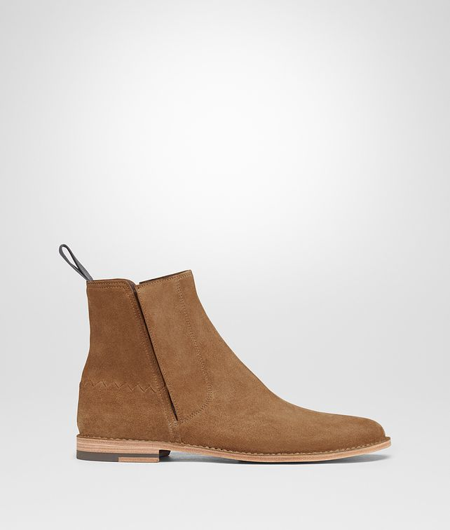 BOTTEGA VENETA LIGHT CALVADOS SUEDE VOORTREKKING JAG ANKLE BOOT  Boots and ankle boots Man fp