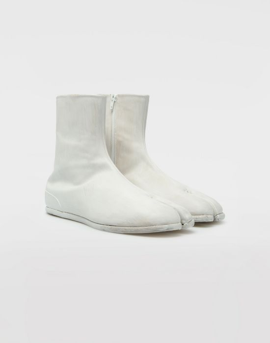 MAISON MARGIELA ペイント レザー タビ ブーツ 「タビ」ブーツ [*** pickupInStoreShippingNotGuaranteed_info ***] d