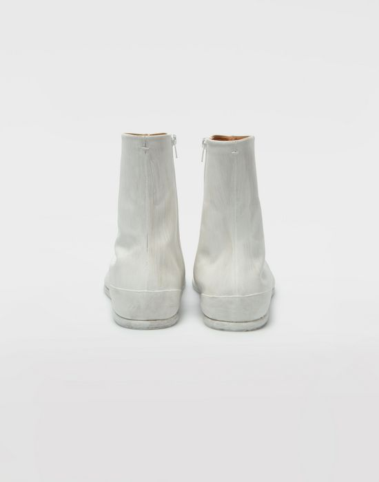 MAISON MARGIELA ペイント レザー タビ ブーツ 「タビ」ブーツ [*** pickupInStoreShippingNotGuaranteed_info ***] e