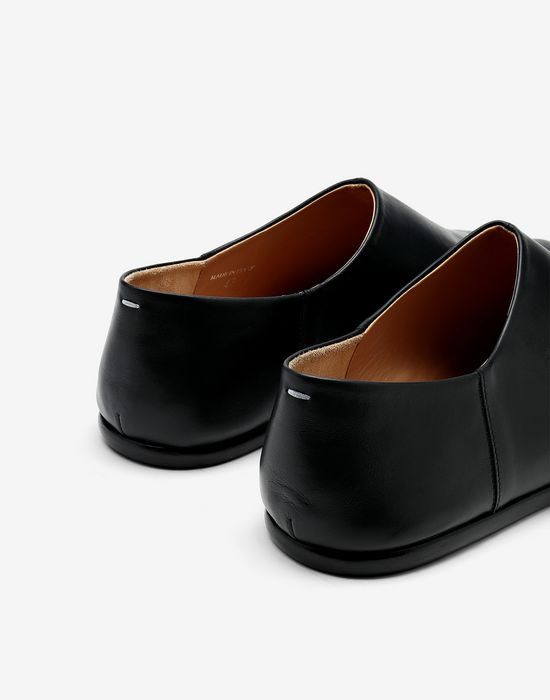 MAISON MARGIELA Slip-on Tabi shoes Stringate Tabi [*** pickupInStoreShippingNotGuaranteed_info ***] e