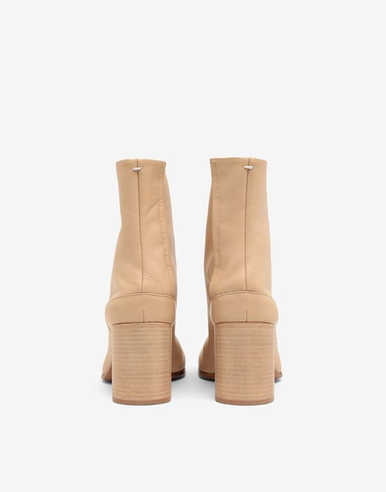 MAISON MARGIELA Calfskin Tabi boot Tabi boots D d