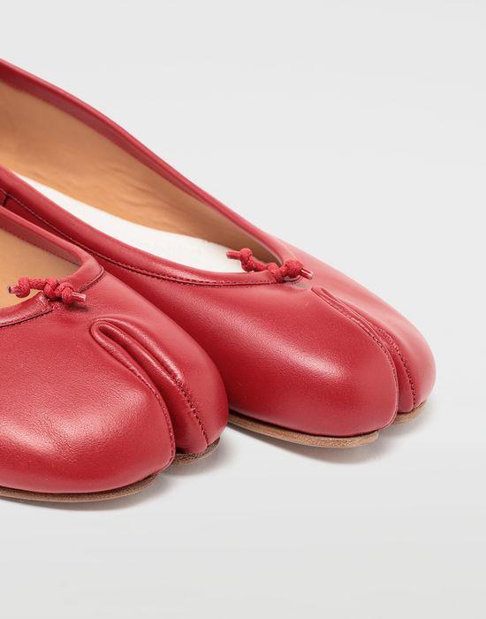 MAISON MARGIELA Calfskin Tabi ballet flats Tabi ballet flats [*** pickupInStoreShipping_info ***] e