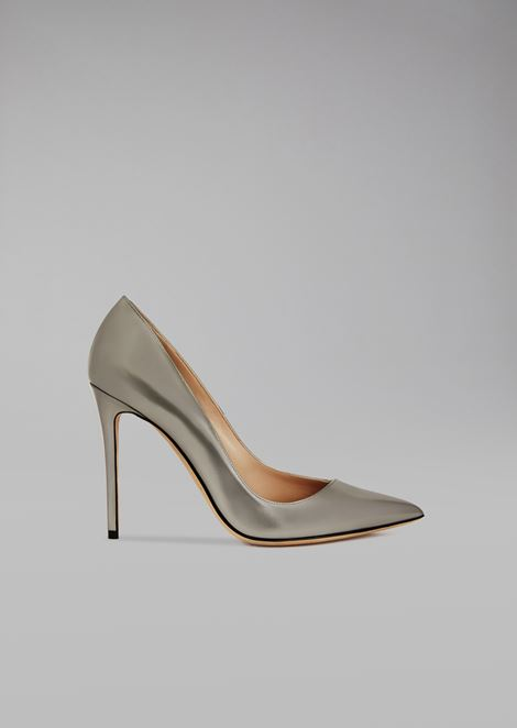 Laminated leather court shoe