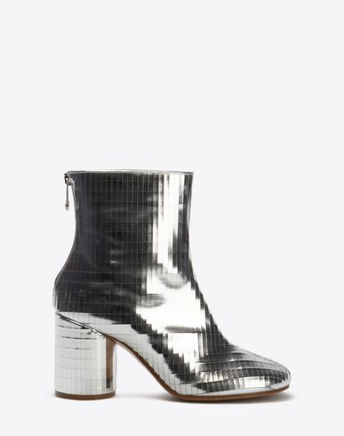 MAISON MARGIELA Ankle boots D Distressed ankle boots f