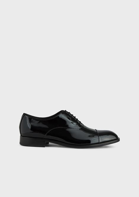 Derby in patent leather