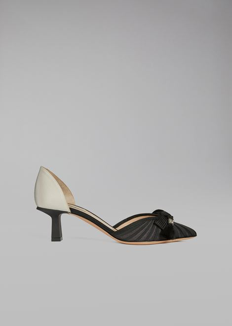Court Shoe with Bow and Tassels