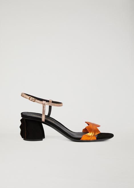 Sandali con tacco con inserti a zig zag